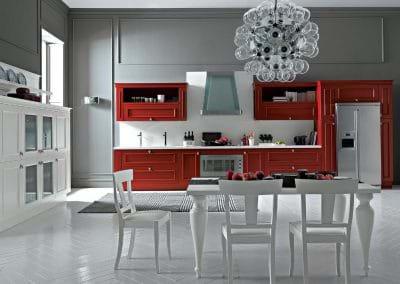 romantica_cucina_classica_rossa_particolare_conteporanea_intelaiata_telaio_modanature