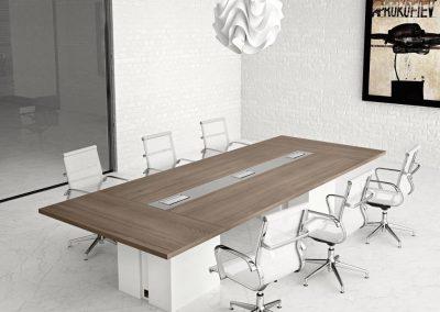 tavolo_riunioni_sala_moderno_design_legno_accessori_prese